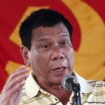 filippinernas-president-ogillar-spel-pa-natet-men-godkanner-det
